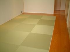 床暖房フローリングに薄タタミ
